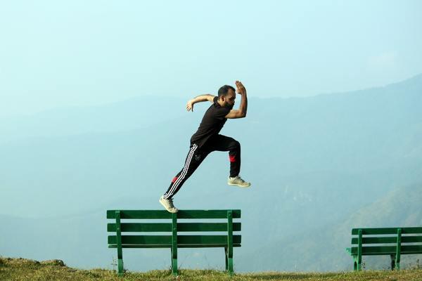 Comment trouver la force d'agir et supporter le poids du choix