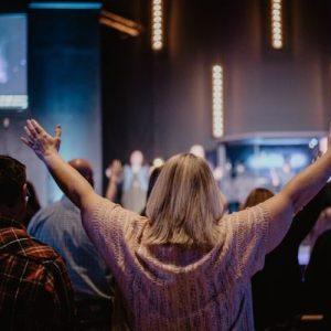 Comment se passe la vie dans une eglise evangelique de pentecote
